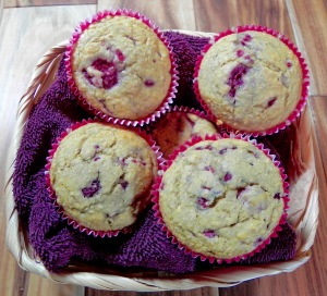 hearty raspberry muffins