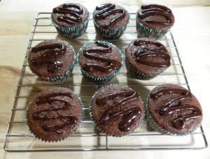 chocolate filled chocolate cupcakes