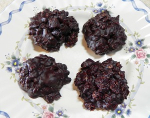 Berry Chocolate Bundles