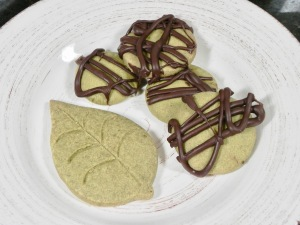 Cocoa Matcha Shortbread Cookies